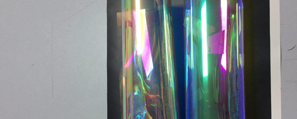 Pellicole Dicroiche per dare ai vetri effetti cangianti, vantaggi e caratteristiche